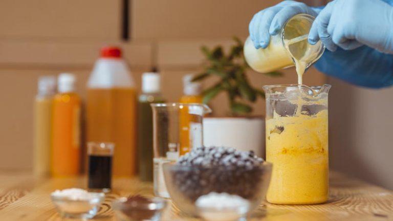 Memahami Susahnya Bikin Sabun Sendiri